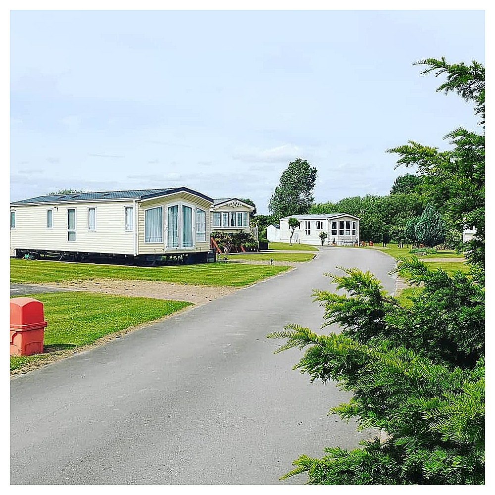 Watersedge Caravan Park 01964 544357