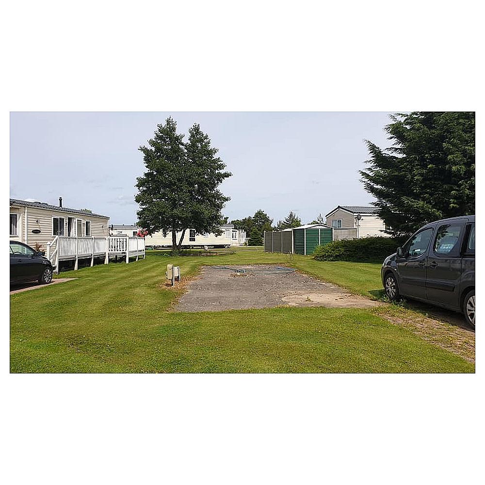 Watersedge Caravan Park 01964 544357